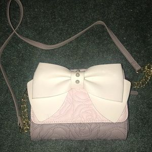 Betsy Johnson chained wallet bag